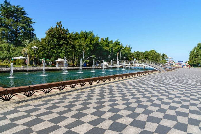 حديقة بولفارد الشهيرة فى باتومى