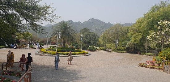 Daman-e-koh Park