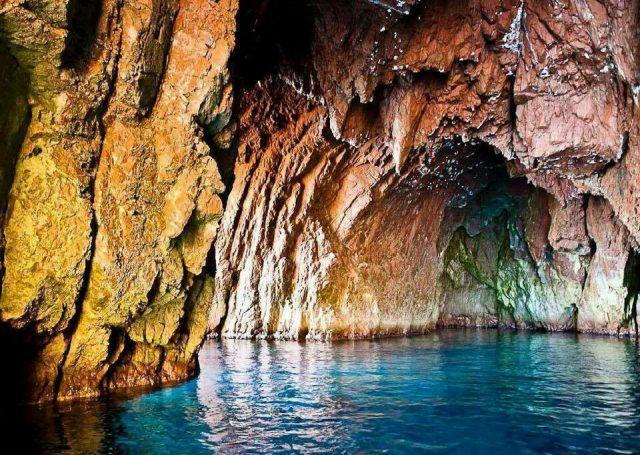 Plage de La Grotte Merveilleuse