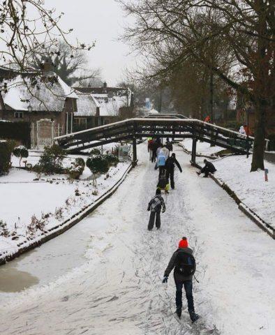 Skiing in Giethoorn