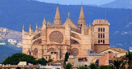 كاتدرائية بالما السياحة في مايوركا