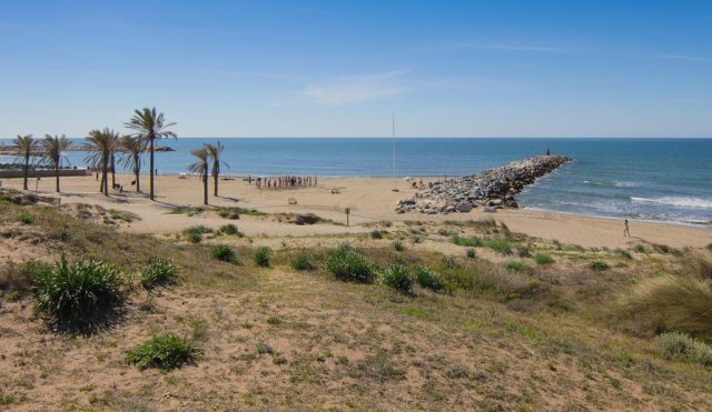 Playa de Artola beach marbella spain