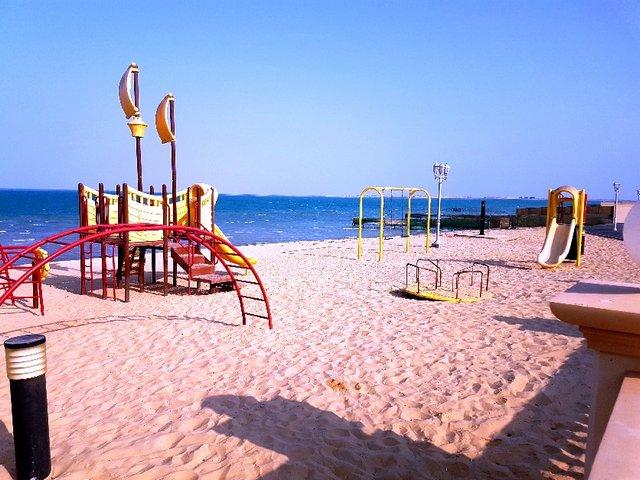 شاطئ المخيم البحري السعودية