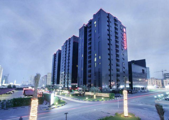 فندق Ramada Hotel & Suites by Wyndham Ajman