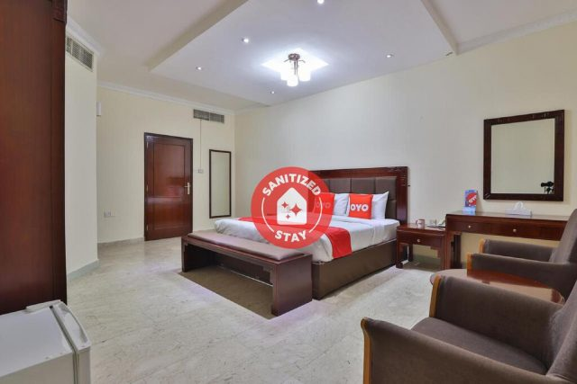 فندق OYO 366 Waves Hotel