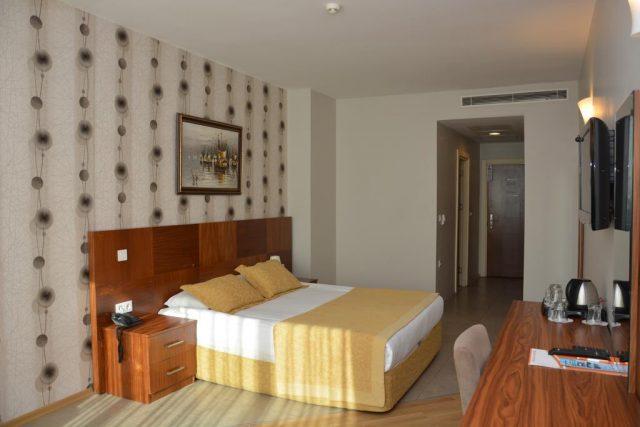 فندق جراند كورات