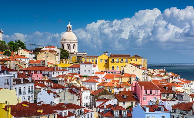 السفر الى البرتغال