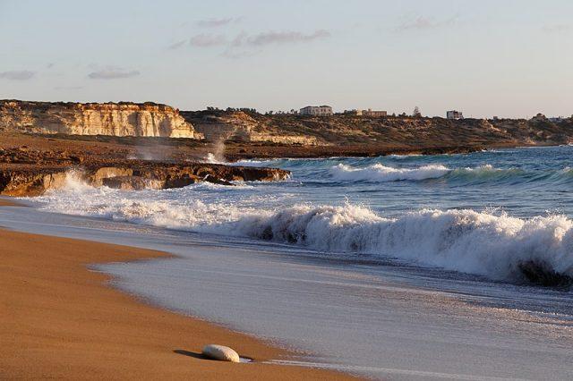 شواطئ قبرص