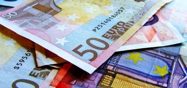 العملة الرسمية في لاتفيا